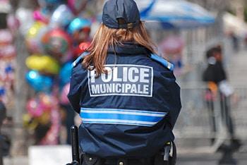 Expert-a-la-une-securite-Police